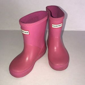 Hunter rain boots pink size US youth 6
